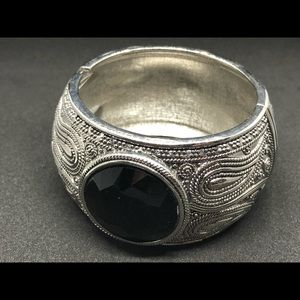 Hinged silver and black bracelet